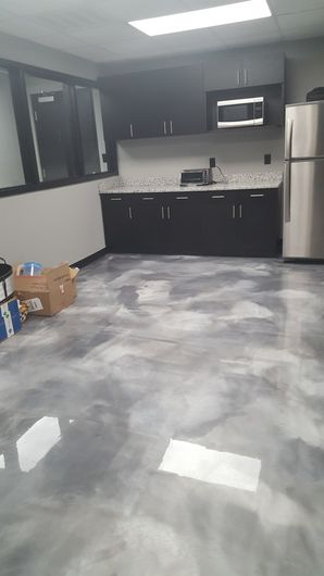 Construction Cleaning of Epoxy Floor in Marietta, GA (4)
